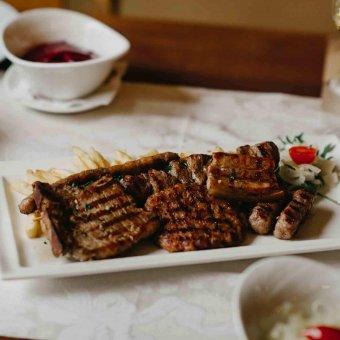 Miješano meso s grilla