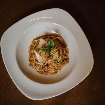 Špageti u umaku bolognese
